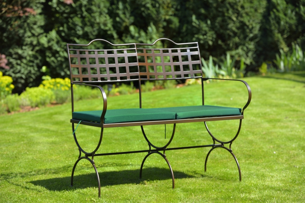 gartenm bel aus eisen schmiedem bel metallm bel iron. Black Bedroom Furniture Sets. Home Design Ideas
