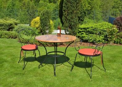 Gartenstuhl Montpelier mit Armlehne aus Metall