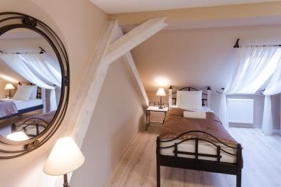 Bett Holz und Metall 90 x 200