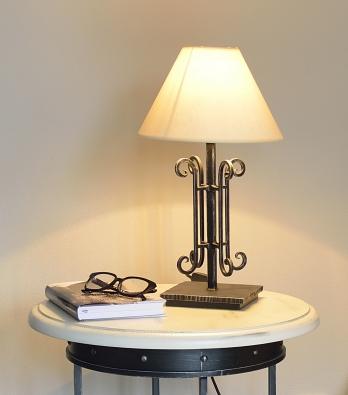 Tischlampe - Tischleuchte Saumur aus Eisen geschmiedet