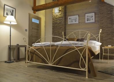 Doppelbett aus Schmiedeeisen Farbe creme